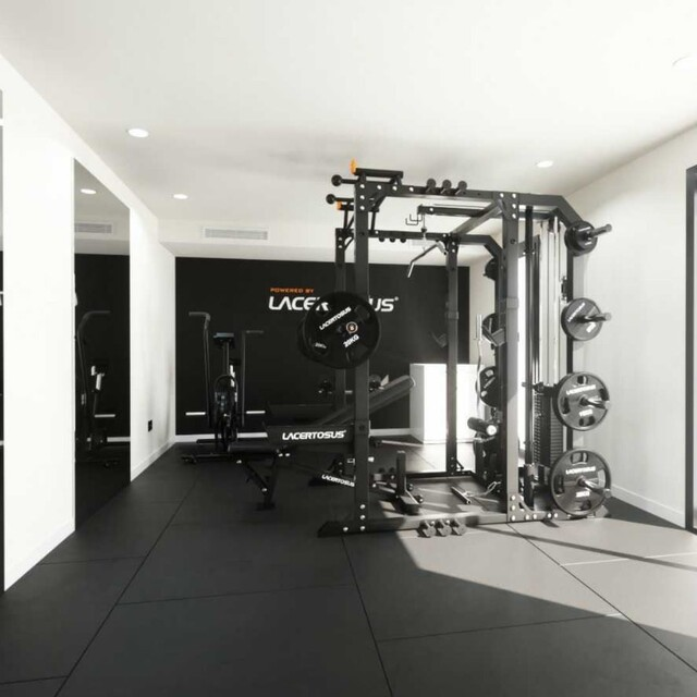 Non è una semplice home gym, ma un vero centro d'allenamento Lacertosus® allestito a casa tua! 🔝🇬🇧 It is not a simple home gym, but a real Lacertosus® training center set up in your home!#lacertosus #lacertosusequipment #lacertosustyle #passion #motivation #quality #design #style #homegym #garagegym #homeworkout #garageworkout #gymmotivation #gym #training #palestraacasa #allenamentoacasa #hometraining #crossfit #allenamentofunzionale #crosstraining #functionaltraining #muscle #dumbellworkout #dumbell #manubri #dischi #bumper #bumpers💻Web: www.Lacertosus.com ✉Preventivi e informazioni: info@lacertosus.com 🚚Trasporti attivi in tutta Italia ed estero ➡️Taggaci nelle tue foto @lacertosus_equipment