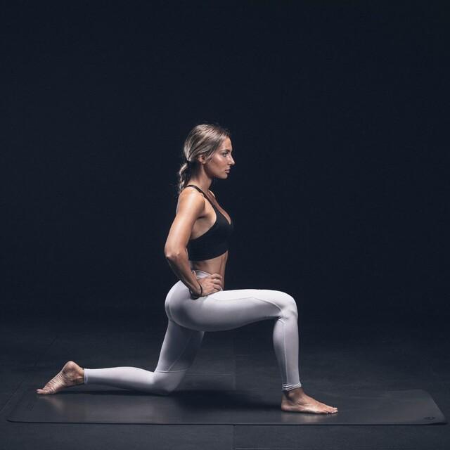 Not just a mat, this our Black Series Training Mat; simply put it, in a league of its own.#lacertosus #lacertosusequipment #fitness #gym #crossfit #crosstraining #allenamento #homegym #garagegym #homeworkout #workout #training #allenamentoacasa #palestra #madeinitaly #palestraitalia #powerlifting #bodybuilding #gymmotivation #design #muscle #functionaltraining #tappetinoyoga #yogamats #yogamat #powerrack #rack #bilanciere #bumper #yoga💻Web: www.Lacertosus.com ✉Preventivi e informazioni: info@lacertosus.com 🚚Trasporti attivi in tutta Italia ed estero ➡️Taggaci nelle tue foto @lacertosus_equipment