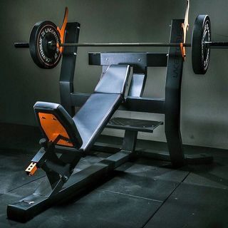 🇮🇹 Per ottenere risultati straordinari servono mezzi straordinari. La nuova serie #Clubline è pronta! • A voi la scelta💪🏻 • 🇺🇸 The #new Clubline range is ready. The choice is yours 💪🏻 _____________________________________________________ #Lacertosus  #workout #training #fitness #trainingequipment #ptstudio #trainingcenter #benchtraining #homegym #trainingcenter #quality #design #madeinitaly _____________________________________________________ 🖥 Clubline VR tour:  http://bit.ly/Lct-CLB 💻 Web: www.Lacertosus.com 📝 Preventivi e informazioni: info@lacertosus.com